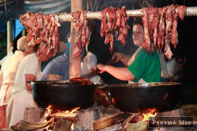 Cocina Parroquial en Fiestas Patronales de Bugaba